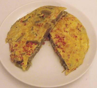 Tortilla de cardos y jamón serrano
