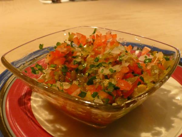 Salsa pico de gallo con tomate