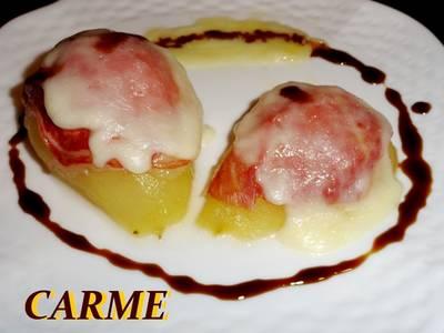 Peras asadas con jamón y queso