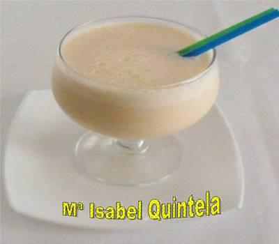 Batido de frutas con leche de coco