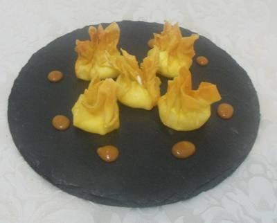 Obleas rellenas con queso de cabra