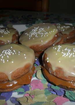 Alfajores helados de chocolate y dulce de leche