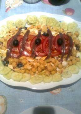 Ensalada de legumbre y picada de anchoas