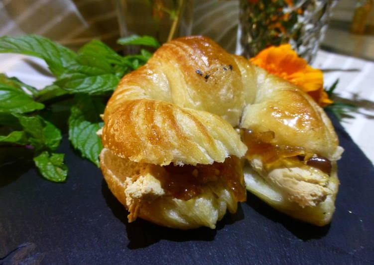 Canap minicroissant de pat y cebolla caramelizada receta for Canape de pate con cebolla caramelizada