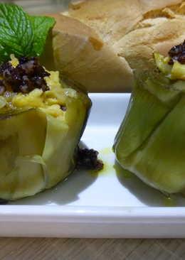 Entrante de alcachofas con morcilla y tortilla