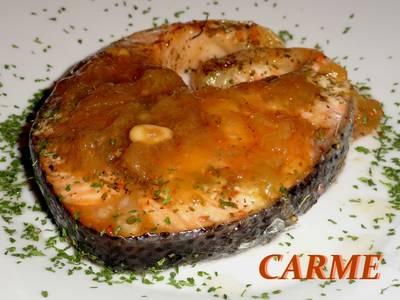 Salmón asado con chutney de higos