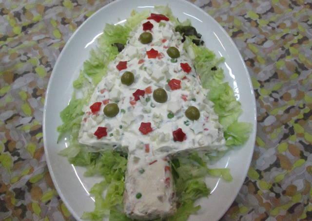Arbol de navidad de ensalada rusa receta de gabriela diez for Decoracion de ensaladas