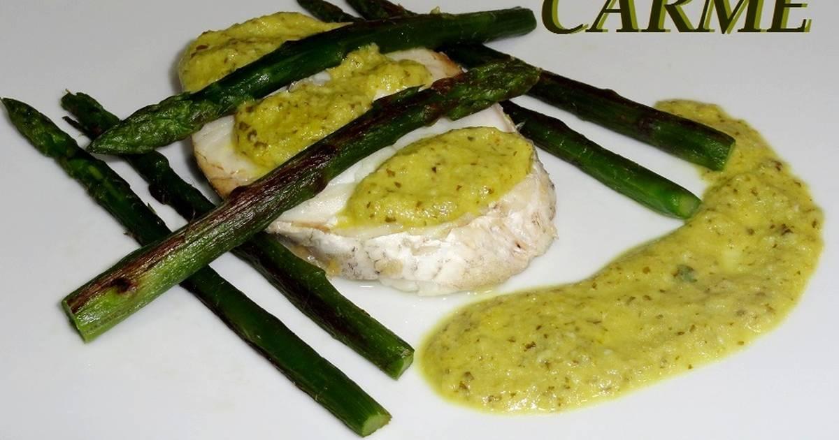 Merluza con esp rragos y salsa verde receta de carme for Cocinar esparragos