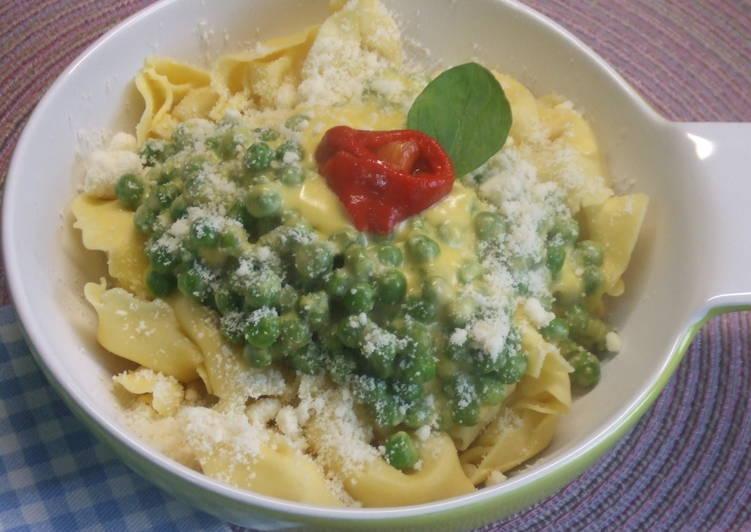 Tortelloni con salsa de guisantes y cheddar maduro receta for Cocinar guisantes congelados