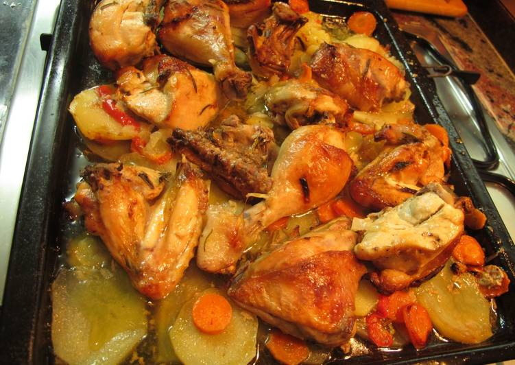 Pollo asado con patatas panaderas Receta de Equipo Cookpad ...