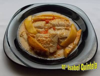 Merluza en salsa de curry y mango