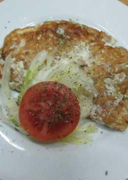 Omelette de claras con atún