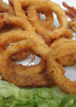 Calamares rebozados en harina de maíz blanco y pimentón dulce