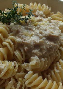 Pasta con salsa de boletus al minuto