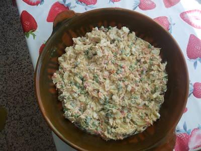 Ensaladilla de patatas con cangrejos