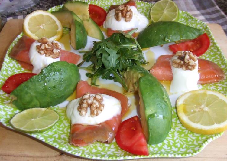 Ensalada de aguacate con salm n y r cula receta de cuqui cookpad - Ensalada con salmon y aguacate ...