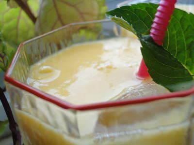 Batido nutritivo de mango y yogur