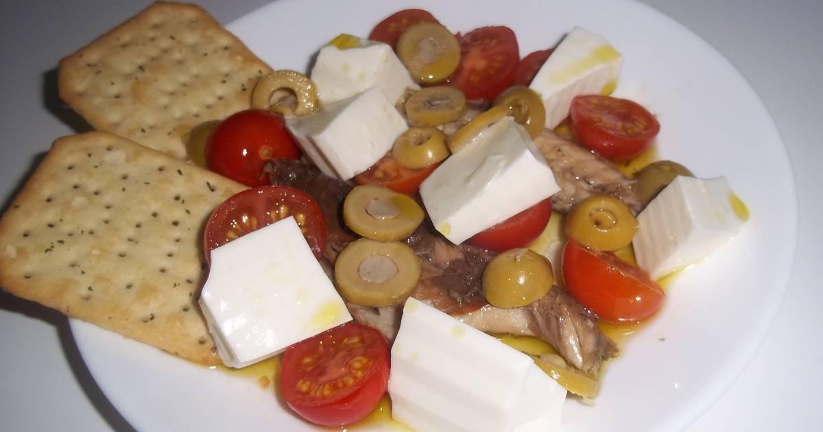 Decoraciones para ensaladas 18 recetas caseras cookpad for Decoracion de ensaladas