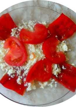 La bandera de Peru - entrante pimiento poblano rojo, queso blanco y tomate