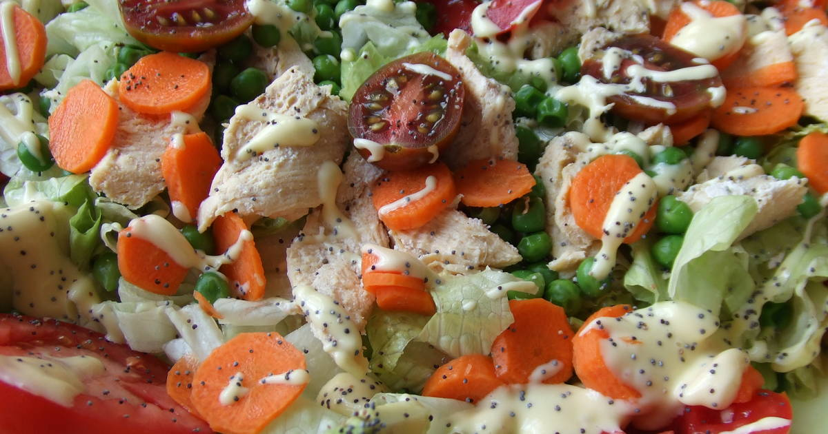 Ensalada de pollo con zanahorias y guisantes receta de - Ensalada de apio y zanahoria ...