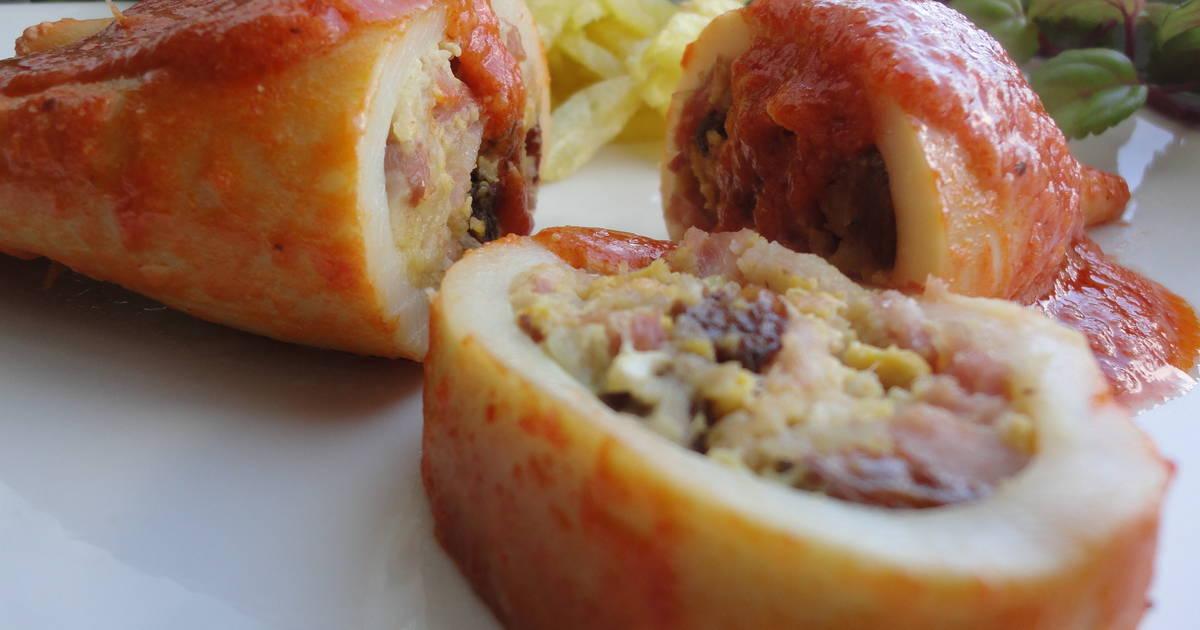Calamares rellenos en salsa 49 recetas caseras cookpad - Chipirones rellenos en salsa de tomate ...