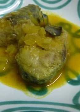 Caballa en escabeche al curry rojo