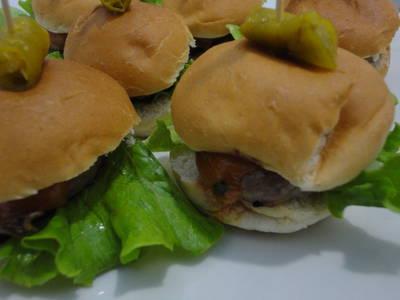 Mini hamburguesas méxicanas