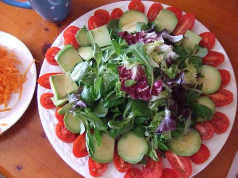 Ensalada variada con tomates perita c ctel y semillas de for Coctel con zumo de tomate