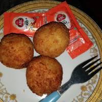 Resep Bitterballen Macaroni Kentang & Keju Gurihhh / Bola ...