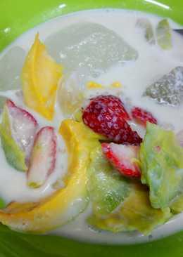 Es buah alpukat strawberry #keto