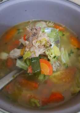 Sayur Sop Ayam Pejantan Sederhana