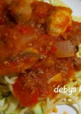 Sphagetti Bolognese zucchini