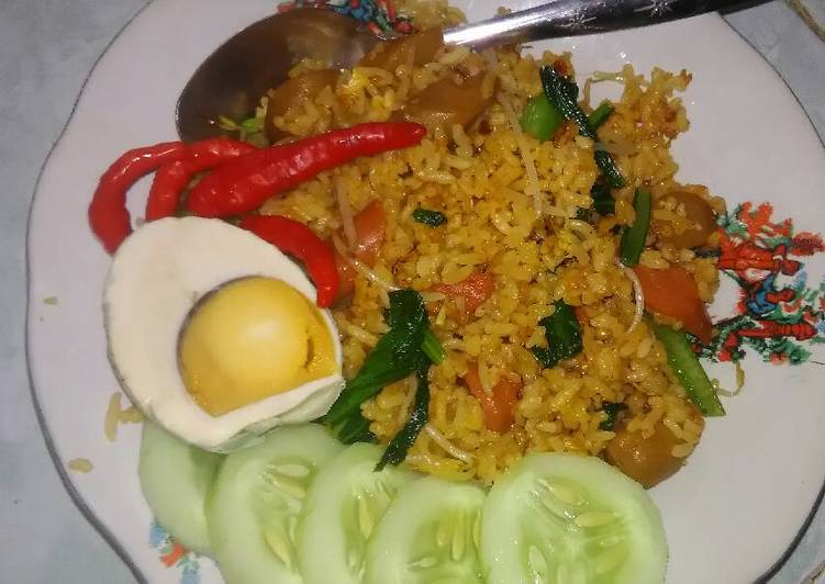 Resep Nasi goreng sosis Dari Dapoer Nana