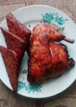 Tempe dan Ayam Bacem