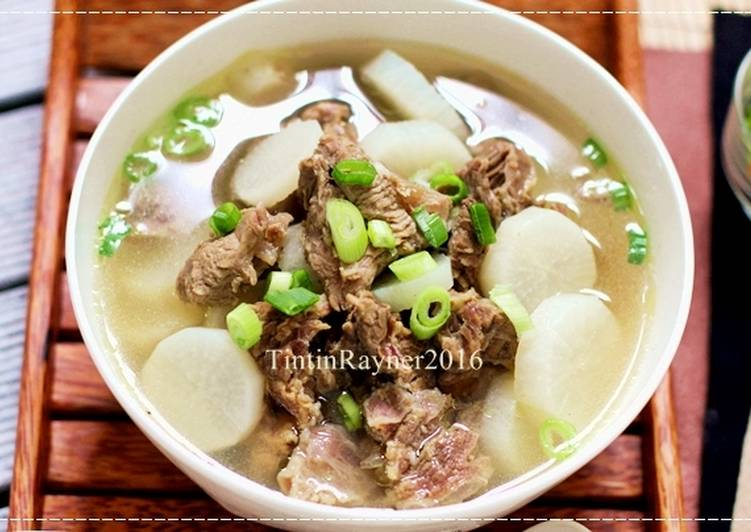 Sup Lobak Sapi Bening Simpel Ala Oma __