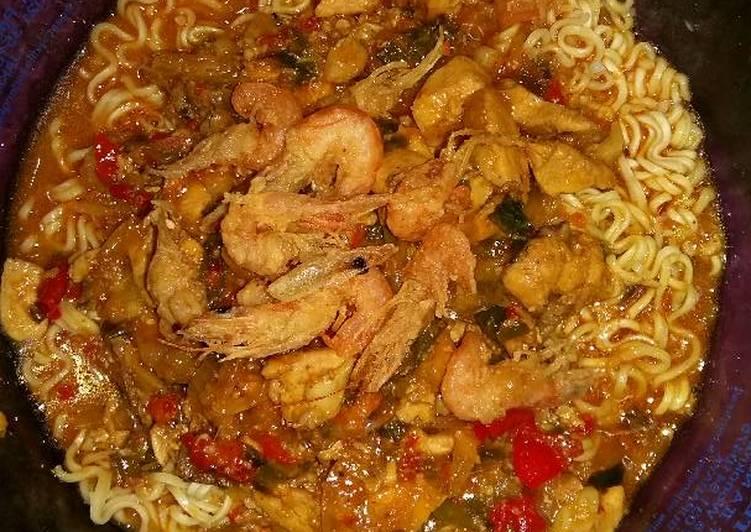 resep masakan Mie instan ayam udang goreng