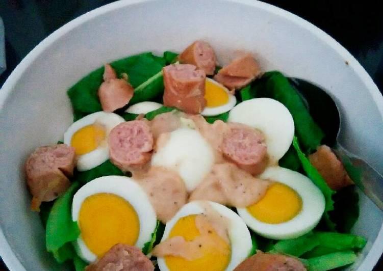 Salad selada romaine(telor sosis)