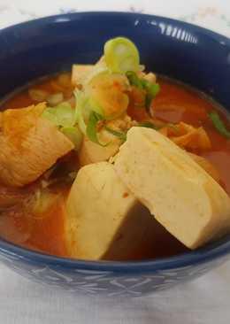 Kimchi jjigaae (kimchi soup) with chicken
