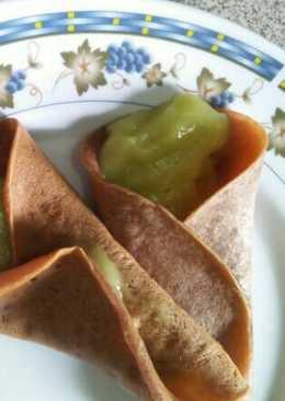 Pancake gulung isian alpukat