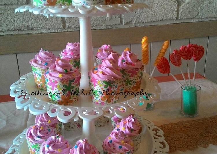 Resep Cupcakes Kukus oleh Tri Retno Hartiningsih Resep Cupcakes Kukus - Tri Retno Hartiningsih