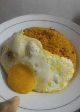 Nasi Goreng Ayam (omurice ala ala) cocok untuk menu sarapan