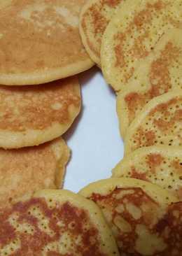 Pancake Sederhana Dengan dan Tanpa Susu