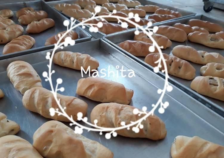 Resep Roti pisang coklat ala Mashita oleh akhira Resep Roti pisang coklat ala Mashita By akhira_takhara
