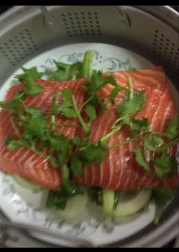 Steam salmon