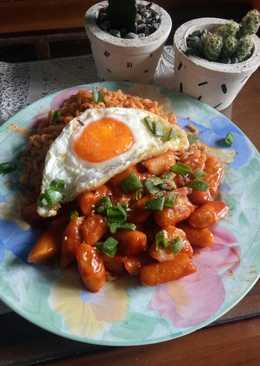 Tteokbokki dengan saus gochujang home made
