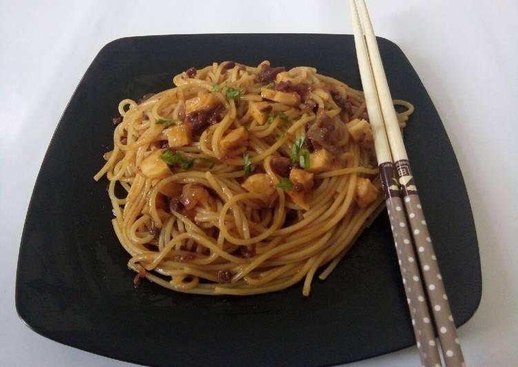 Spaghetti bolognese+ gurita+bakso lobster