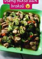 Oseng Bakso dan Brokoli