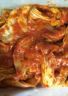 Kimchi sawi putih (korean food)