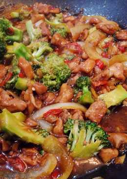 Teriyaki ayam brokoli