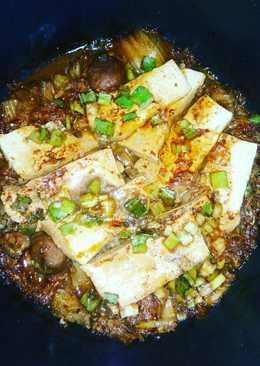 Meatball kimchi stew